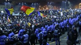 Rumunija: Demonstranti i dalje na ulicama
