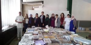 Asocijacija žena Medžlisa Tuzla: 4.000 kolača za korisnike Narodne kuhinje