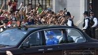Zakon jednak za sve: Prijavili kraljicu Elizabethu policiji jer nije vezala pojas