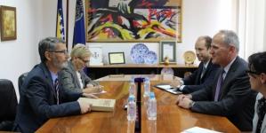 Gradonačelnik Tuzle se susreo sa zamjenikom šefa misije SAD u BiH