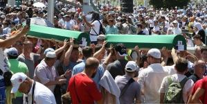 Vječni smiraj: U Potočarima ukopana 71 žrtva srebreničkog genocida