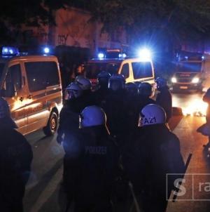 Hamburg: Demonstranti bacali boce, kamenje i petarde, povrijeđeno 76 policajaca
