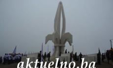 Gradačac: Svečano otkriven spomenik braniteljima Bosne i Hercegovine