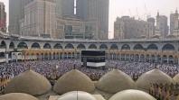 Mekka: Buduće hadžije pod kišom obavile tavaf oko Kabe