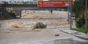 Zadar pod vodom, nezapamćene količine kiše potopile veći dio grada