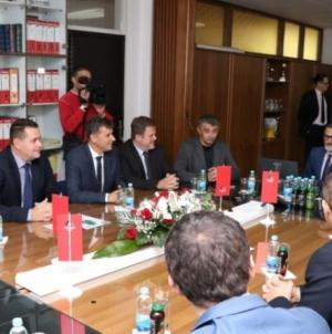 Novalić: Fabrika cementa u Lukavcu primjer uspješne privatizacije
