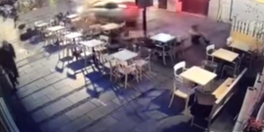Srbija / Juri ljude da bi ih gazio: Objavljen uznemirujući snimak divljanja