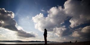 Psiholozi upozoravaju: Od usamljenosti se možemo razboljeti