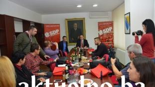 Gradska organizacija SDP BiH Tuzla upriličila prijem i druženje sa predstavnicima medijskih kuća