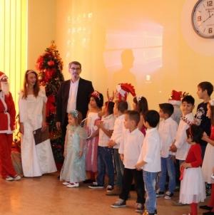 Grad Tuzla obezbijedio 1700 novogodišnjih paketića za djecu