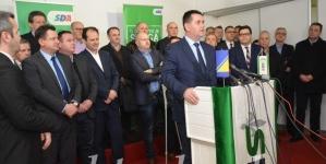 Press konferencija SDA TK: Četiri ministra SDA ne žele privatne fotelje Mirsada Kukića