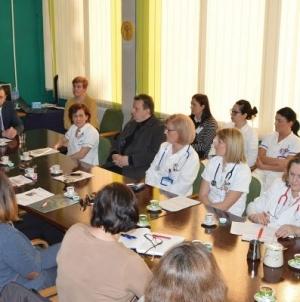 UKC/Održan okrugli sto: Psihosocijalna podrška i pomoć djeci oboljeloj od raka i njihovim porodicama
