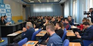 Vrijeme je za novu politiku poručeno je sa javne tribine Nezavisnog bloka Tuzla