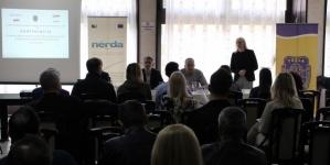 Društvena odgovornost, monitoring i evaluacija u javnim preduzećima i ustanovama u Gradu Tuzla