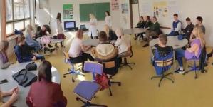 """Pozitivan primjer iz Zenice: """"Vršnjačka edukacija""""- Projekt Instituta za zdravlje i Medicinske škole"""