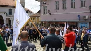 Miting podrške Dudakoviću u Tuzli: Ne bojimo se istine, put Armije BiH je častan kao i njen general