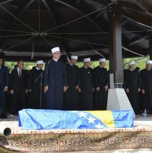 U Memorijalnom centru Veljaci kod Bratunca, obavljen ukop i klanjana kolektivna dženaza za tri ubijena civila Bratunca