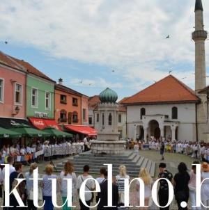 Mimohod i okupljanje za Srebrenicu: Tuzla nikad neće zaboraviti genocid u Srebrenici