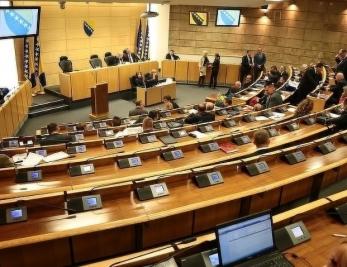 Pred delegatima Doma naroda Prijedlog Zakona o demobilisanim borcima i članovima njihovih porodica