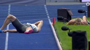 Ovakav sudar na utrkama štafeta atletski svijet ne pamti