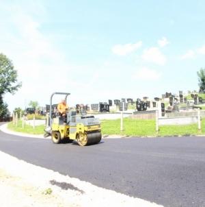 U toku sanacija ceste pored groblja u mjesnoj zajednici Dokanj