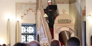 Reis Kavazović / Bajramska hutba: Ljudski život vrijedan samo onda kada je posvećen Bogu