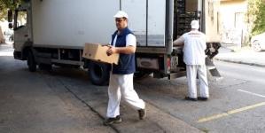 """Vrijedna donacija za Regionalni odbor """"Merhameta"""" Tuzla : Borci donirali poljoprivredne proizvode Narodnoj kuhinji """"Imaret"""""""