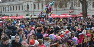 """Obilježena """"Dječija Nova godina"""" na Trgu slobode u Tuzli FOTO"""