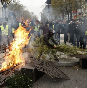 Epilog protesta u Francuskoj: Povrijeđeno 135 ljudi, a više od 1.000 uhapšeno