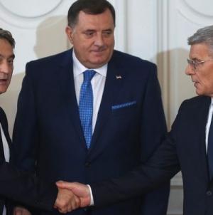Članovi Predsjedništva u Bruxelles otputovali odvojeno