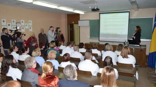 U posjeti UKC Tuzla boravila dr. Lejla Hadžikadić Gušić