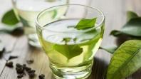 Zeleni čaj s mlijekom nova je trendi dijeta koja daje željene rezultate
