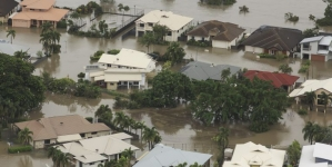 Australija preživljava pakao: Vrućine i poplave, na ulicama krokodili i zmije VIDEO