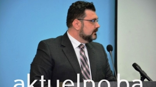 Glasanje o smjeni Vlade Tuzlanskog kantona pokazalo kako će izgledati nova većina u Skupštini TK