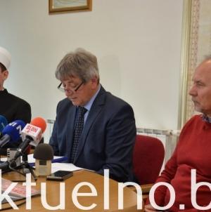 Dženaza i kolektivni ukop identifikovanih Bošnjaka Vlasenice u subotu 20. aprila na Šehidskom mezarju Rakita u Vlasenici