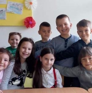 OŠ Lipnica: Učenici poslali poruke mira, ljubavi i zajedništva