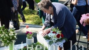 Obilježena 24. godišnjica od masakra na tuzlanskoj Kapiji. Tuzla je danas grad koji liječi neizlječive rane