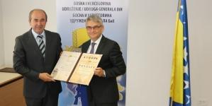 Povelja Udruženja generala Bosne i Hercegovine dodijeljena ministru Salki Bukvareviću