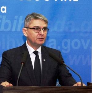 Ministar Bukvarević: Želim da radost Bajrama podijelite sa svojim porodicama i komšijama, podstičući međusobno razumijevanje, solidarnost, brigu za bližnje i toleranciju.