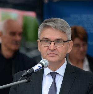 Ministar Bukvarević uručio ključeve 60 automobila ratnim vojnim invalidima