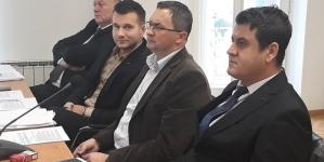 Klub vijećnika SDA Tuzla poziva gradonačelnika Grada Tuzla gosp. Jasmina Imamovića da kao predlagač suspendira Odluku o komunalnim djelatnostima