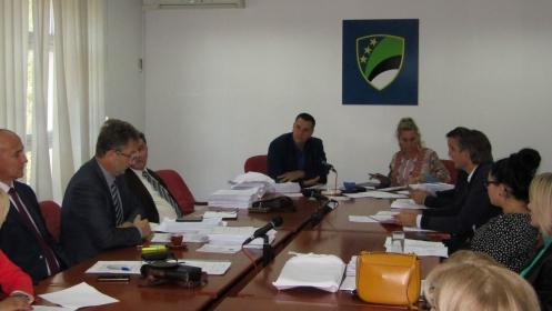 Zasijedala Komisija za privredu, ekonomsku i finansijsku politiku Skupštine TK