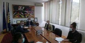Predstavnici BIRN-a donirali Gradu Tuzli dokumentaciju o suđenju za zločin na Kapiji