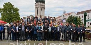 Gradski odbor SDA  Tuzla obilježio Dan bijelih traka: Ne dozvoliti negiranje počinjenih zločina  i da nevine žrtve padnu u zaborav