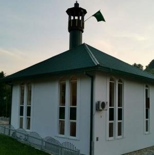 Reakcija džematlija Svijetle džamije iz Tuzle