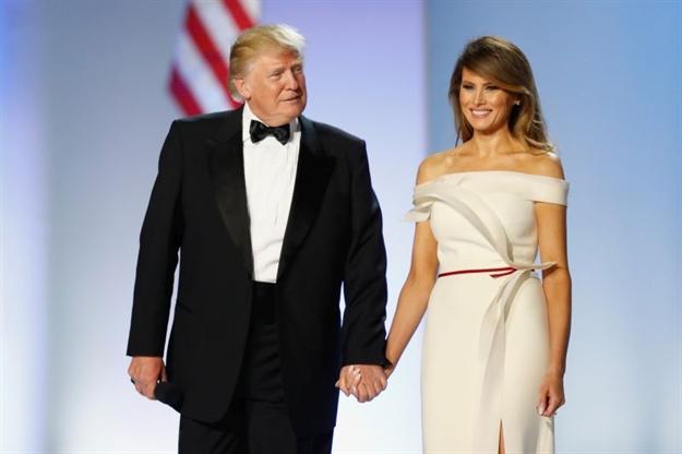 Prekršila je tradiciju ovom haljinom, sviđa li vam se?