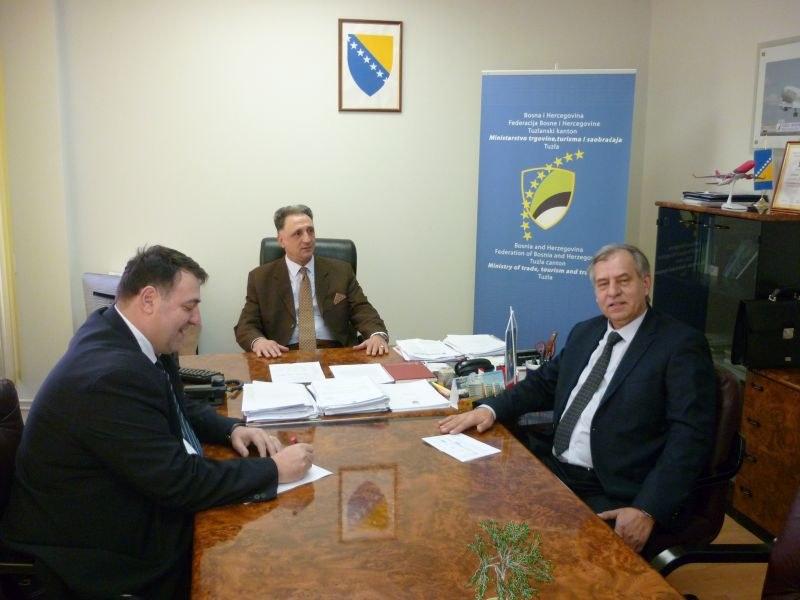 Povećanje  finansijskih  ulaganja u regionalnu cestovnu   mrežu na području Tuzlanskog kantona u 2017. godini