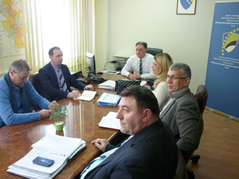 Aktivnosti na efikasnijem funkcionisanju prijevoza putnika do i sa Međunarodnog aerodroma Tuzla