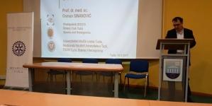 """Rotary Club Tuzla: """"Podizanje svijesti mladih o problemima starih osoba"""""""