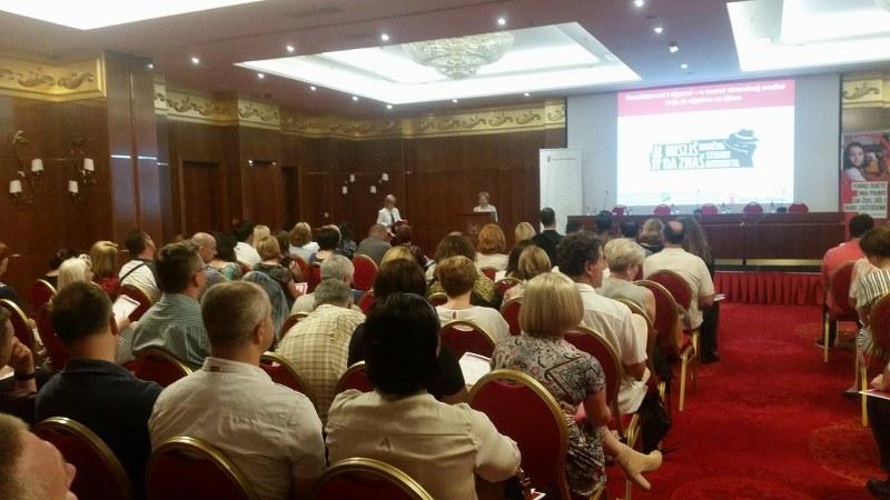"""U Tuzli održana Konferencija """"Nasilje i zlostavljanje putem informaciono-komunikacijskih tehnologija"""